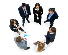 fotolia_111483029_group_of_business_people_copyright_fotoledhar_230.190.jpg