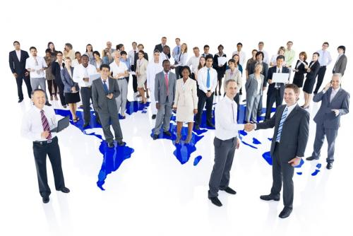 fotolia_71925343_group_of_business_people_with_world_map_rawpixel_s.jpg